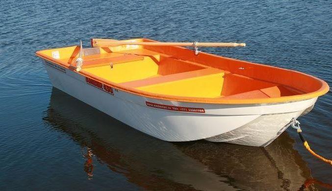 Amber 430 PRO plastmasas laiva  t