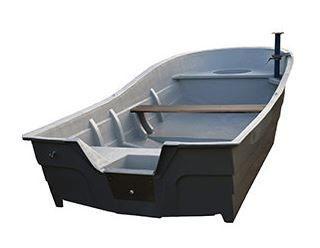 Amber 595 plastmasas laiva  t